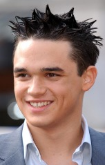 Gareth Gates (not Brooks)