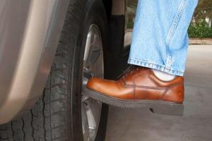 kicking-tyres-729