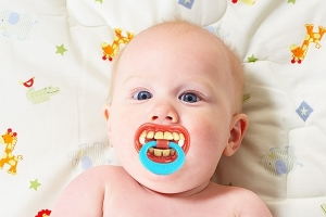 Billy-Bob-Pacifier_4235-l-1