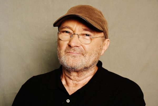 """Phil Collins Announces """"Not Dead Yet"""" Tour At The Royal Albert Hall"""